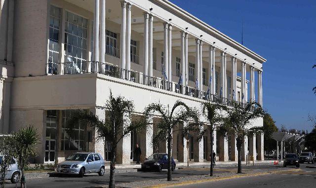 Ciudad Universitaria: UNC impulsa estacionamiento en playas habilitadas