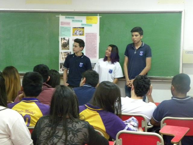 """#ArticulaciónFCQ: actividades del proyecto """"Educando con Ciencia. Construyendo juntos la química"""""""