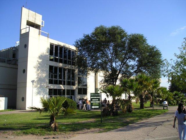 La FCQ (UNC) suspendió el Acto de Colación de Grados de septiembre